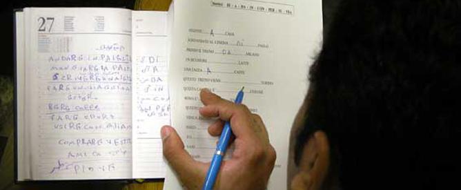 Restrizioni ai test di italiano per stranieri for Test per stranieri carta di soggiorno